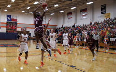 Boys basketball snags victory over Seven Lakes