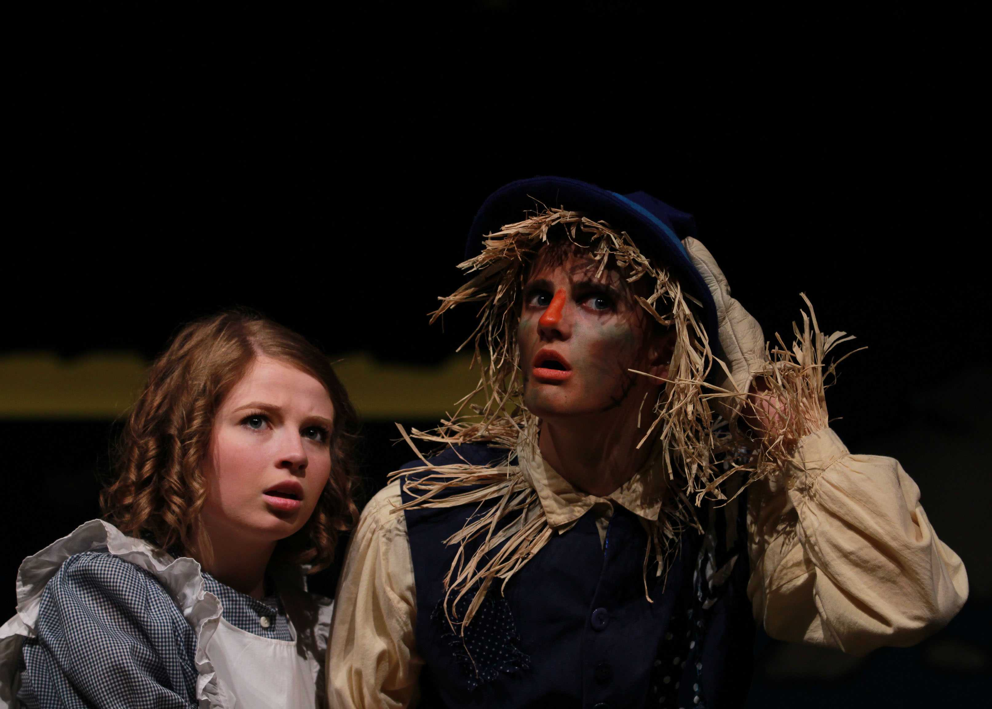 Senior+Rebecca+Russell+with+freshman+Joshua+Shipp+as+Dorothy+and+the+Scarecrow+during+Wednesday%27s+elementary+school+performance.++This+is+Shipp%27s+first+feature+role+with+the+CRTC.++