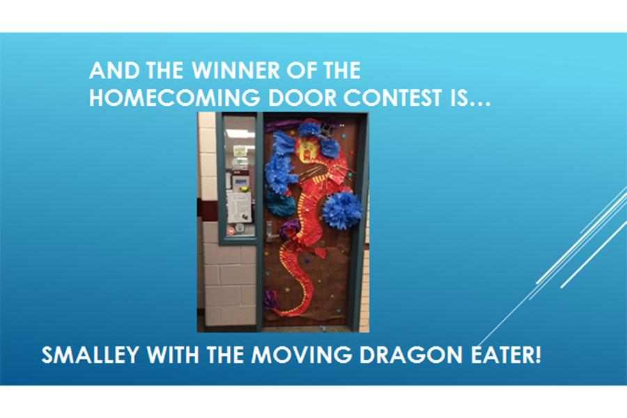 Ms.+Smalley%27s+second+period+class+wins+the+homecoming+door+decorating+contest.+Student+Council+sponsored+the+annual+contest.