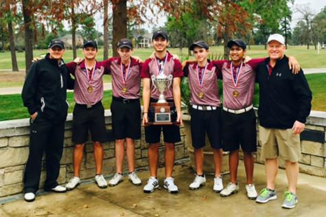 Boys varsity golf team wins their division at Dick Harmon Memorial Golf Tournament