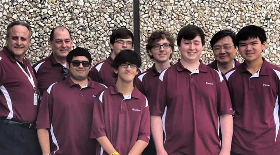 Varsity bowling qualifies for State