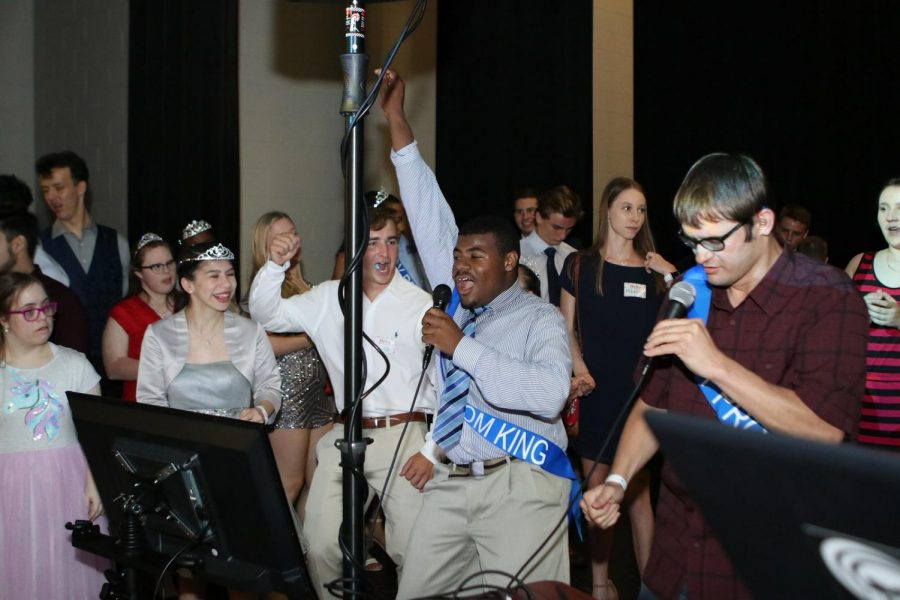 Students and faculty bring community together with Joy Prom