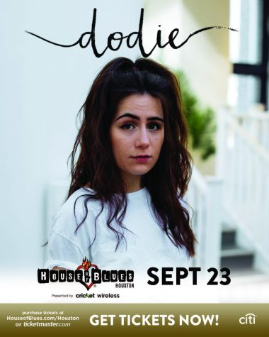 Dodie Clark Comes To Houston