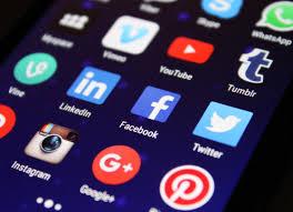 Social Media Mania